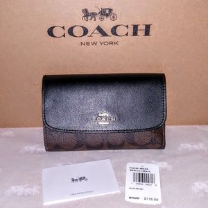 Coach Signature Medium Envelope Wallet